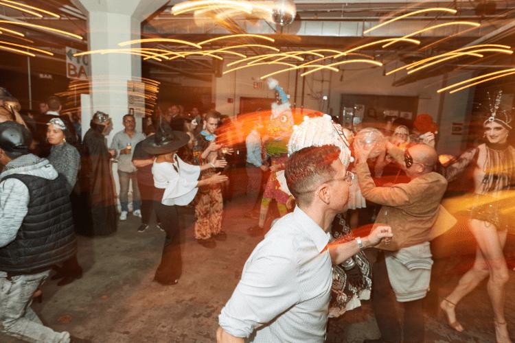 Dance Floor - Photo 3